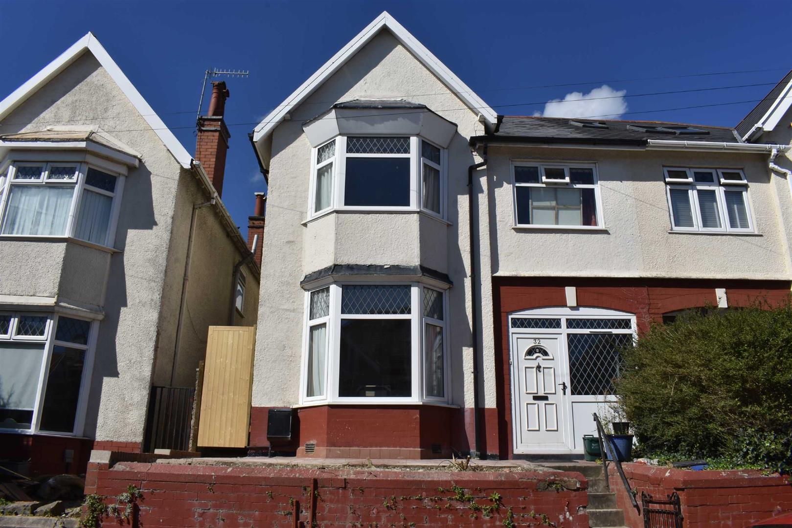 Long Oaks Avenue, Uplands, Swansea, SA2 0LE